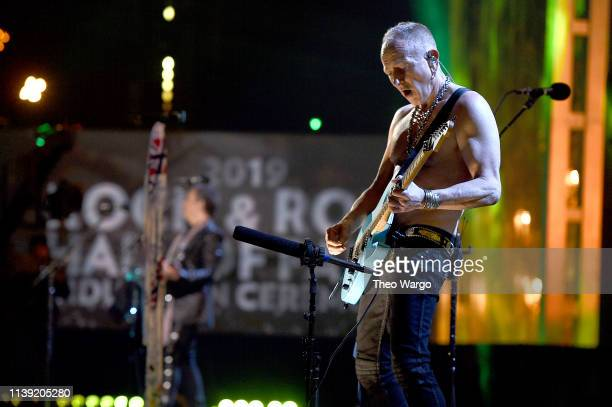 Phil Collen of Def Leppard performs at the 2019 Rock Roll Hall Of Fame Induction Ceremony Show at Barclays Center on March 29 2019 in New York City