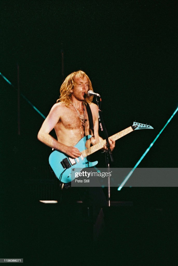 Def Leppard Perform At Don Valley Stadium : News Photo