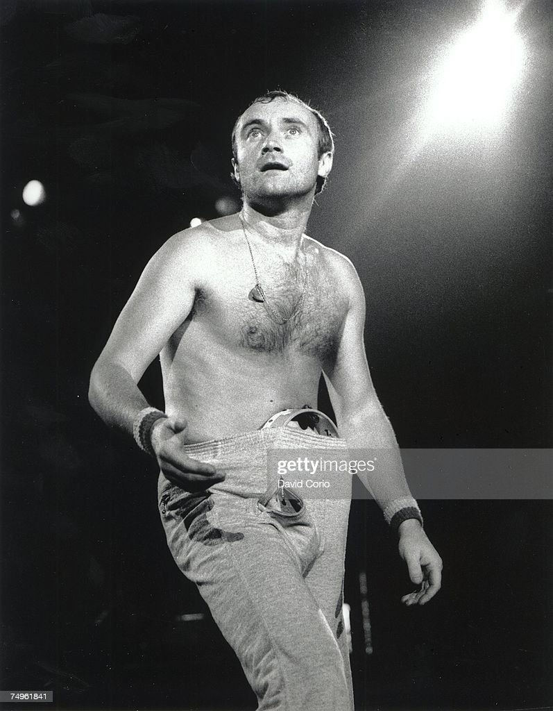 Phil Collins Performing In Germany : News Photo