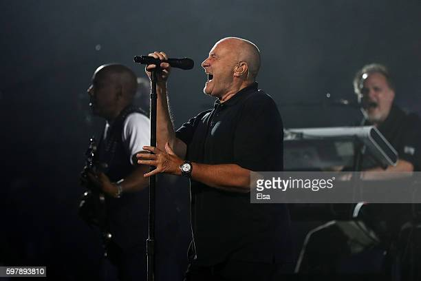 Phil Collins performs on opening night prior to the evening session on Day One of the 2016 US Open at the USTA Billie Jean King National Tennis...