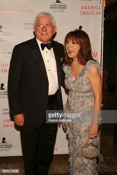 Phil Donahue and Marlo Thomas attend The 2006 AAFA AMERICAN IMAGE AWARDS to benefit ST JUDE CHILDREN'S RESEARCH HOSPITAL at Grand Hyatt Hotel on May...