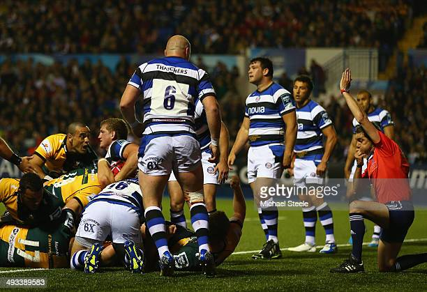 Phil Dowson of Northampton Saints scores his sides first try during the Amlin Challenge Cup Final between Bath and Northampton Saints at Cardiff Arms...
