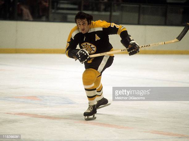 Phil Esposito of the Boston Bruins skates on the ice during an NHL game circa 1975 Photo by Melchior DiGiacomo/Getty Images
