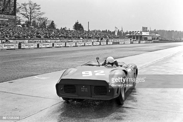 Phil Hill, Ferrari Dino 246SP, 1000 Km of Nürburgring, Nurburgring, 27 May 1962.
