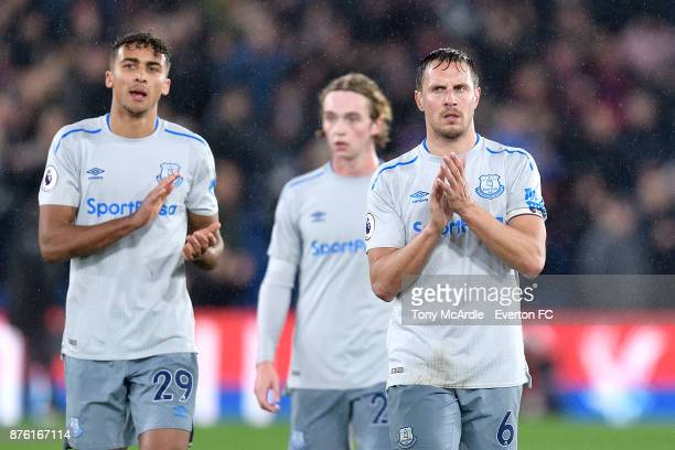Phil Jagielka of Everton acknowledges the Everton fans after the Premier League match between Crystal Palace and Everton at the Selhurst Park on...