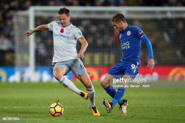 Phil Jagielka of Everton and Jamie Vardy of Leicester City during the Premier League match between Leicester City and Everton at The King Power...