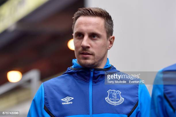 Phil Jagielka of Everton arrives for the Premier League match between Crystal Palace and Everton at the Selhurst Park on November 18 2017 in London...
