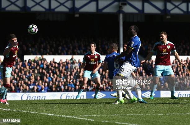 Phil Jagielka of Everton scores his sides first goal during the Premier League match between Everton and Burnley at Goodison Park on April 15, 2017...