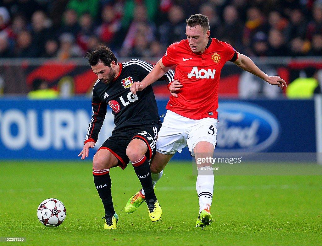 Bayer Leverkusen v Manchester United - UEFA Champions League : News Photo