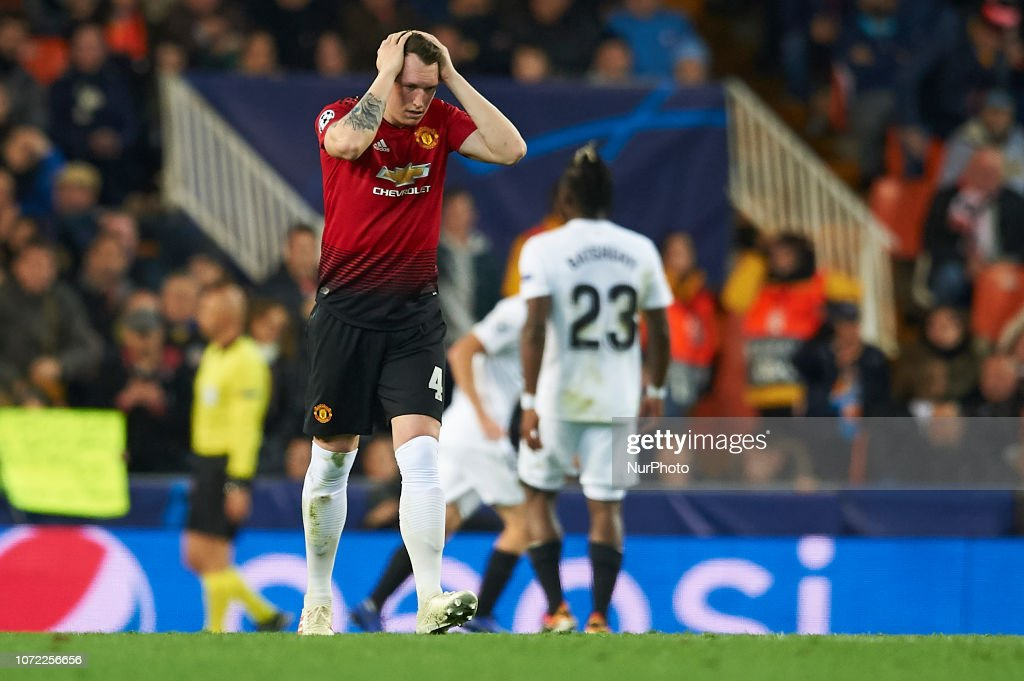 Valencia v Manchester United - UEFA Champions League Group H : News Photo