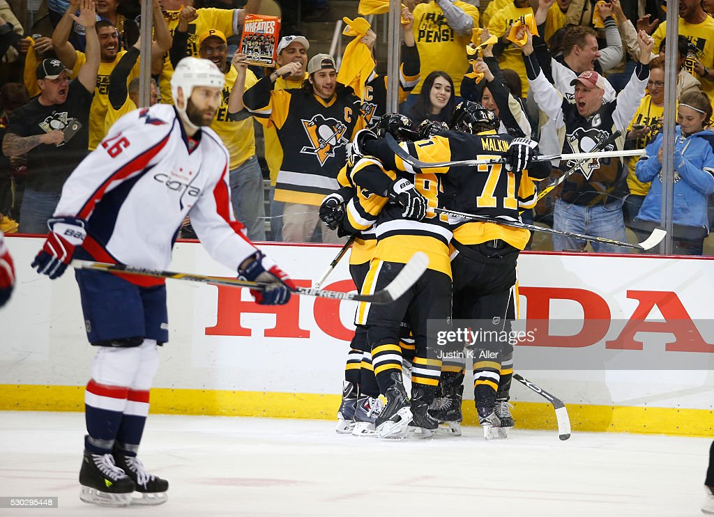 Phil Kessel #81 of the Pittsburgh Penguins celebrates his second period goal against the Washington Capitals in Game Six of the Eastern Conference Second Round during the 2016 NHL Stanley Cup Playoffs at Consol Energy Center on May 10, 2016 in Pittsburgh, Pennsylvania.