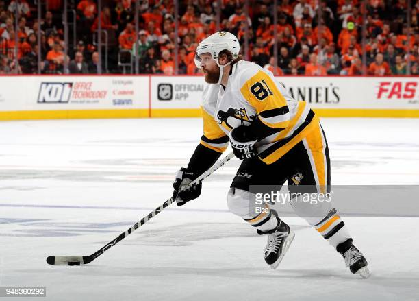 Phil Kessel of the Pittsburgh Penguins looks for his shot in the first period against the Philadelphia Flyers in Game Four of the Eastern Conference...