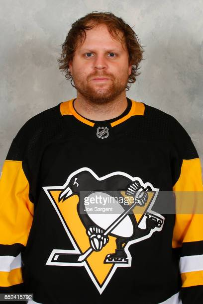 Phil Kessel of the Pittsburgh Penguins poses for his official headshot for the 20172018 season on September 14 2017 at the UPMC Lemieux Sports...