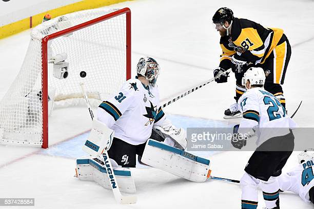Phil Kessel of the Pittsburgh Penguins scores a second period goal against Martin Jones of the San Jose Sharks in Game Two of the 2016 NHL Stanley...