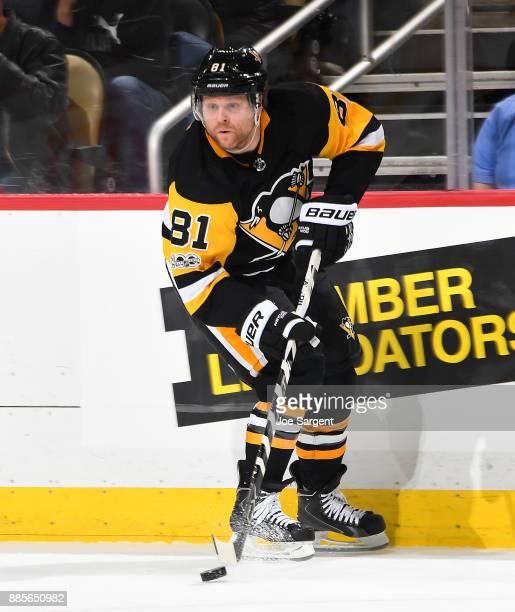 Phil Kessel of the Pittsburgh Penguins skates against the Philadelphia Flyers at PPG Paints Arena on November 27 2017 in Pittsburgh Pennsylvania
