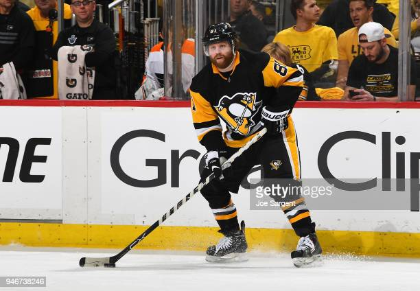 Phil Kessel of the Pittsburgh Penguins skates against the Philadelphia Flyers in Game Two of the Eastern Conference First Round during the 2018 NHL...