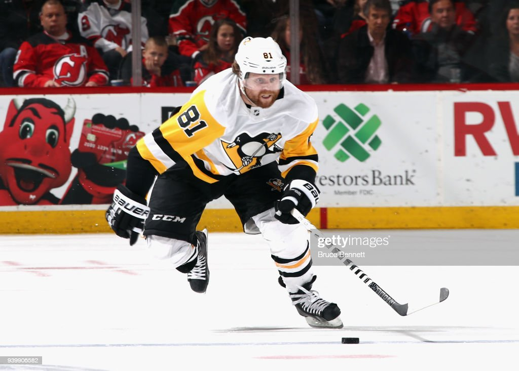 Pittsburgh Penguins v New Jersey Devils : News Photo