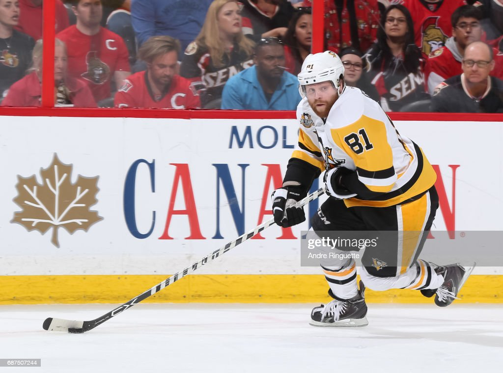 Phil Kessel #81 of the Pittsburgh Penguins skates against the Ottawa Senators in Game Six of the Eastern Conference Final during the 2017 NHL Stanley Cup Playoffs at Canadian Tire Centre on May 23, 2017 in Ottawa, Ontario, Canada.