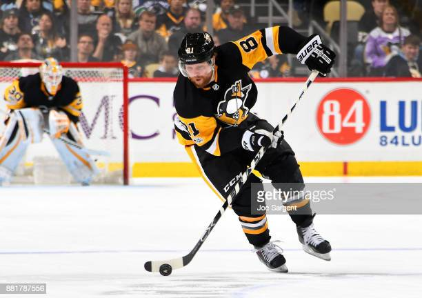 Phil Kessel of the Pittsburgh Penguins skates against the Vancouver Canucks at PPG Paints Arena on November 22 2017 in Pittsburgh Pennsylvania