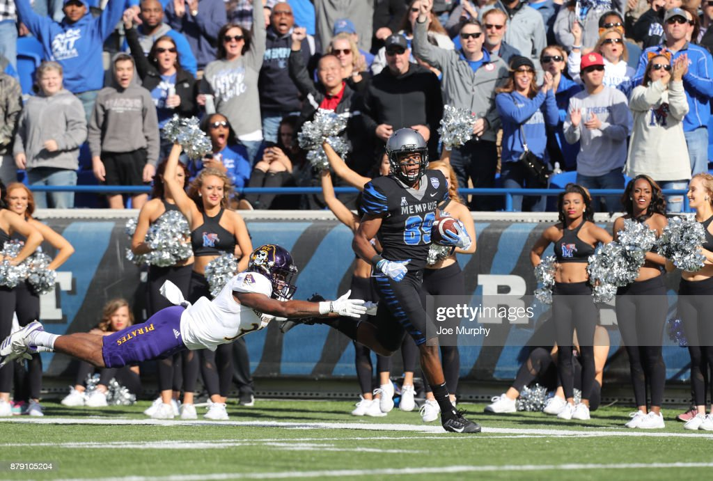 Phil Mayhue #89 of the Memphis Tigers runs in for a touchdown after a catch against the East Carolina Pirates on November 25, 2017 at Liberty Bowl Memorial Stadium in Memphis, Tennessee.