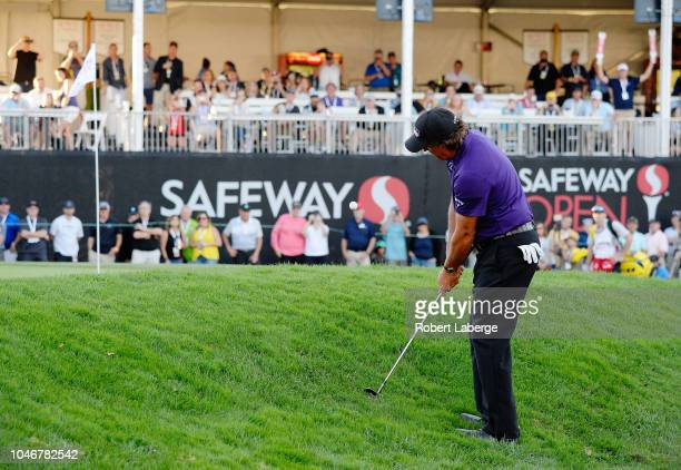 Phil Mickelson chips onto the 18th green during the third round of the Safeway Open at the North Course of the Silverado Resort and Spaon October 6...
