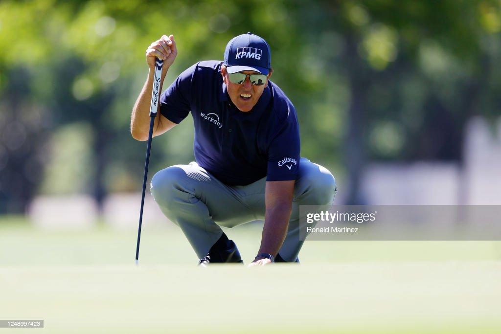 Charles Schwab Challenge - Round One : News Photo