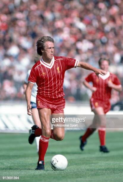 Phil Neal of Liverpool in action during the 1982 FA Charity Shield between Liverpool and Tottenham Hotspur at Wembley Stadium on August 21, 1982 in...