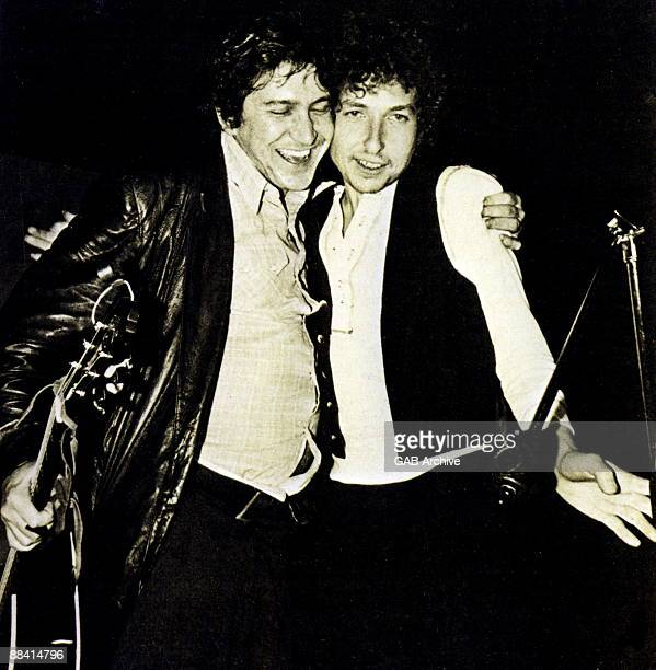 Phil Ochs and Bob Dylan on stage at the benefit for ousted Chileans at the Felt Forum on May 9th 1974 in New York