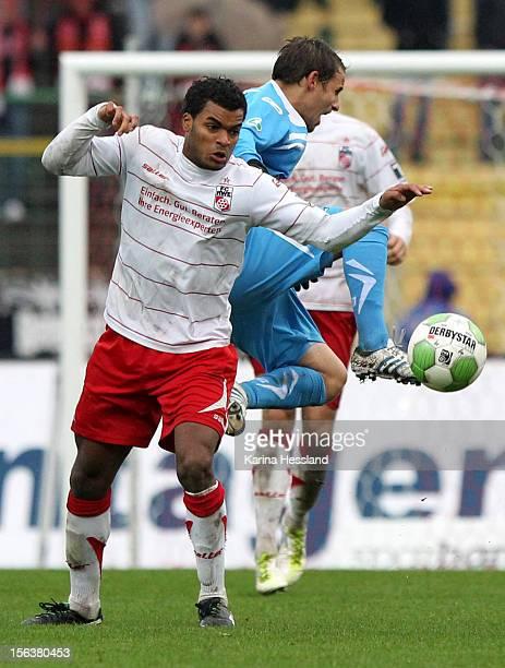 Phil OfosuAyeh of Erfurt challenges Anton Fink of Chemnitz during the Third League match between RW Erfurt and Chemnitzer FC at Steigerwald Stadion...