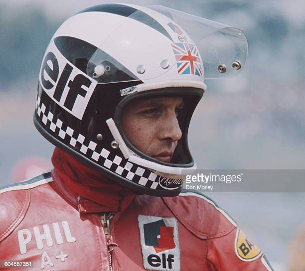 Phil Read of Great Britain rider of the MV Agusta 500cc during the Mallory Park Race of the Year motorcycle races on 21 September 1974 at the Mallory...