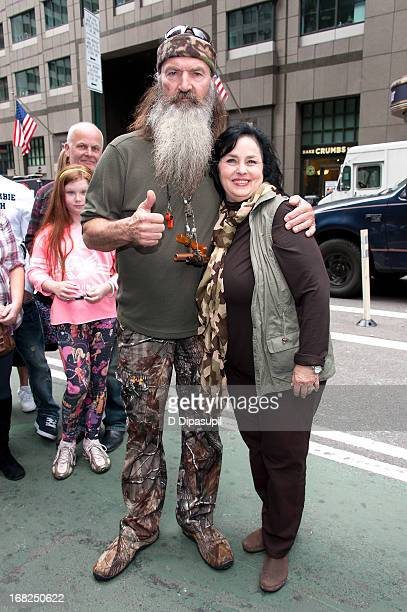 Phil Robertson and Kay Robertson visit Extra in Times Square on May 7 2013 in New York City