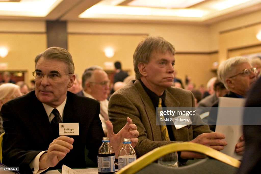 2006 American Renaissance Conference : News Photo