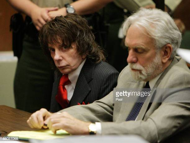 Phil Spector listens to the judge during sentencing in Los Angeles Criminal Courts on May 29, 2009 in Los Angeles, Californial, for the February 2003...