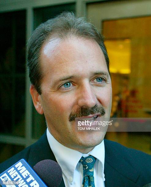 Philadelphia Assistant District Attorney Joel Rosen answers a reporter's question outside Philadelphia Common Pleas Court 17 September 2002 in...