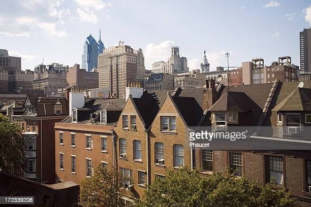 philadelphia downtown center houses and city hall - philadelphia pennsylvania stock pictures, royalty-free photos & images