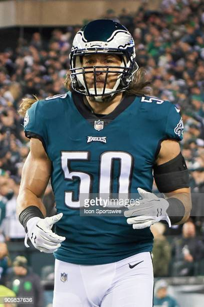 Philadelphia Eagles defensive back Bryan Braman jogs back to the sidelines during the NFC Championship Game between the Minnesota Vikings and the...
