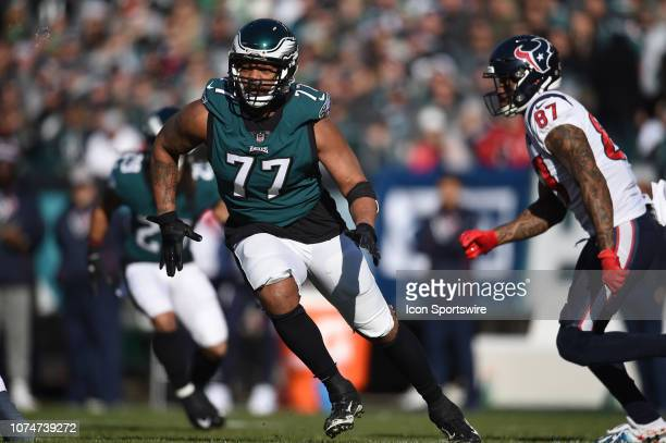 Philadelphia Eagles Defensive End Michael Bennett rushes the pocket during the game between the Houston Texans and the Philadelphia Eagles on...