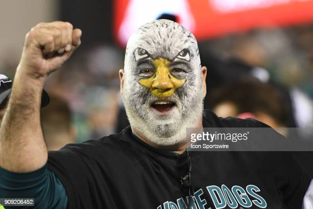Philadelphia Eagles fan paints his face during the NFC Championship game between the Philadelphia Eagles and the Minnesota Vikings on January 21 2017...