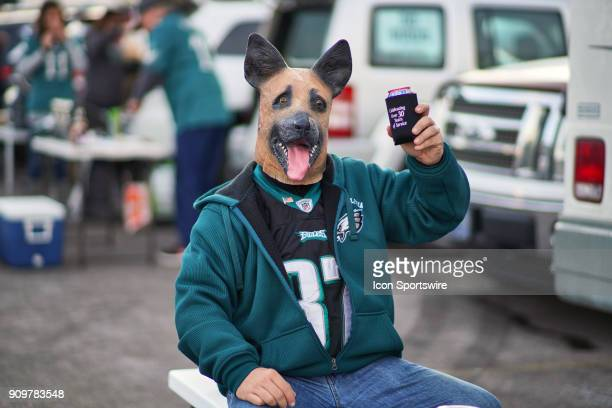 Philadelphia Eagles fan wearing a dog mask partakes in the tailgate events prior to the start of the NFC Championship Game between the Minnesota...