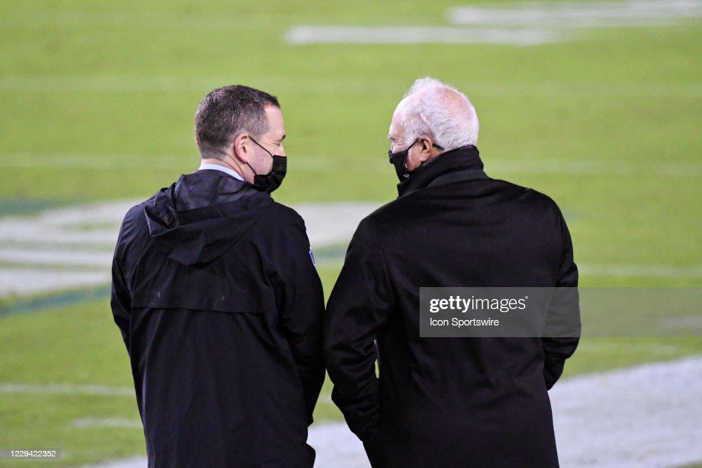 NFL: NOV 01 Cowboys at Eagles : News Photo