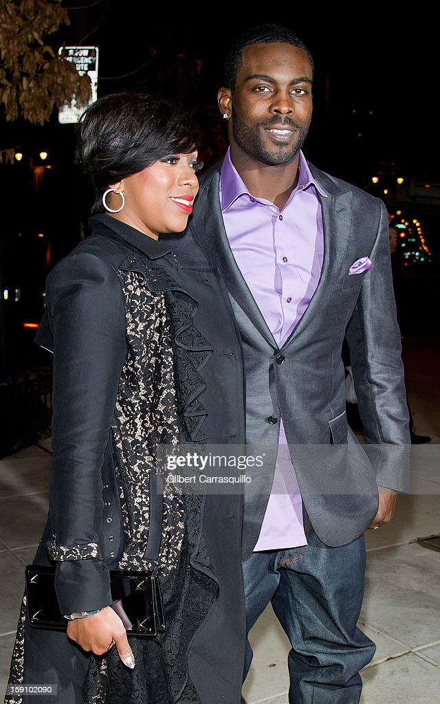 Philadelphia Eagles QB Michael Vick (R) and wife Kijafa Vick attend An Evening With 7, at 7, On the 7th at on January 7, 2013 in Philadelphia City.