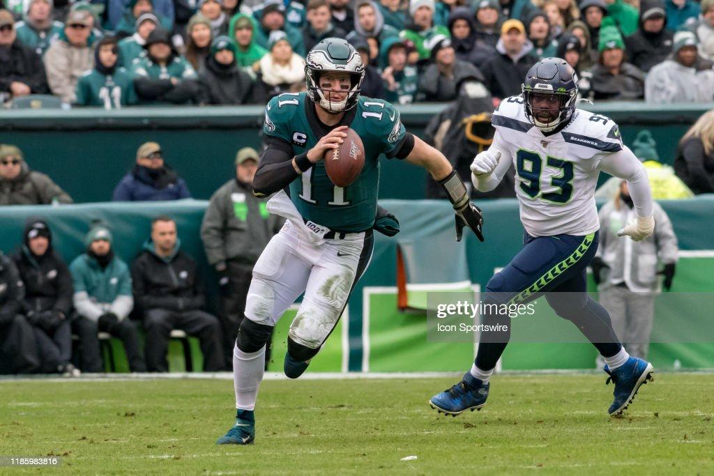 NFL: NOV 24 Seahawks at Eagles : News Photo