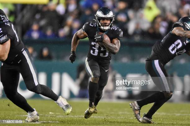 Philadelphia Eagles Running Back Boston Scott rushes for a first down during the game between the New York Giants and the Philadelphia Eagles on...