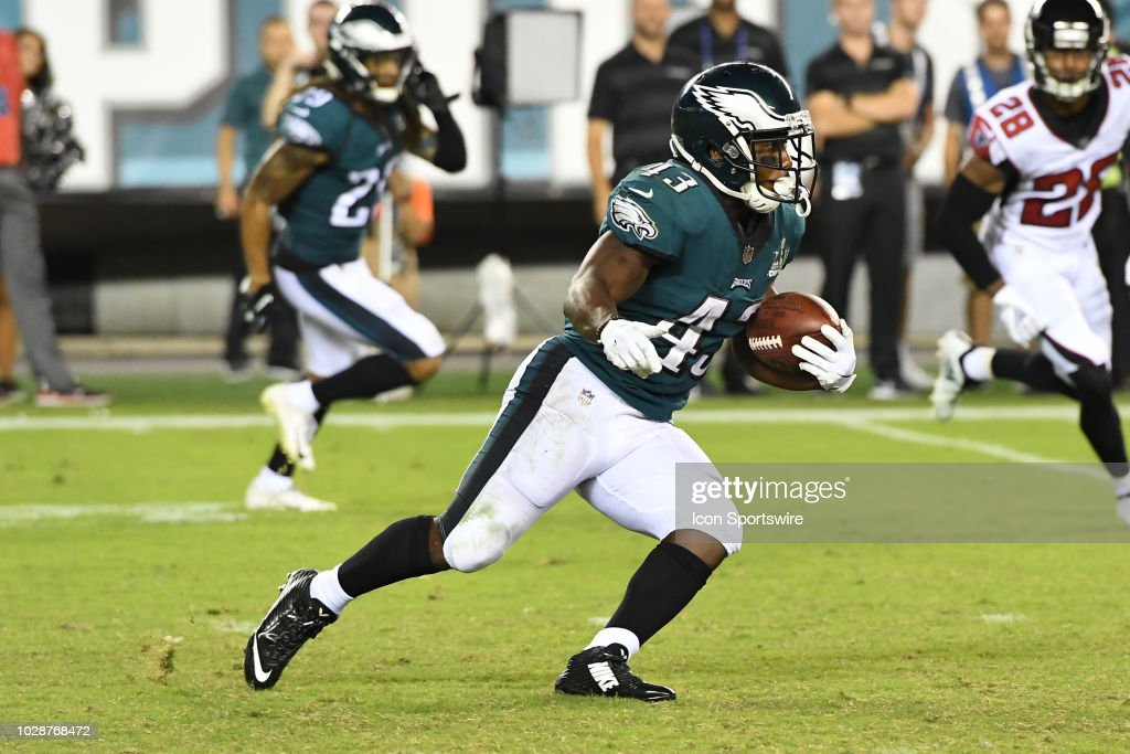 NFL: SEP 06 Falcons at Eagles : News Photo