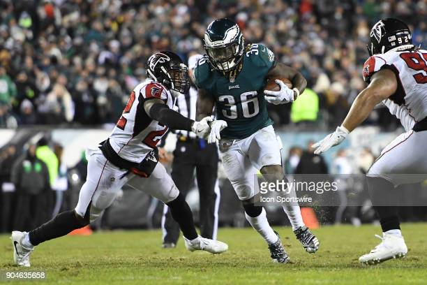 Philadelphia Eagles running back Jay Ajayi runs the ball for a first down during the NFC Divisional Playoff game between the Philadelphia Eagles and...