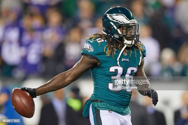 Philadelphia Eagles running back Jay Ajayi warms up with the football prior to the start of the NFC Championship Game between the Minnesota Vikings...