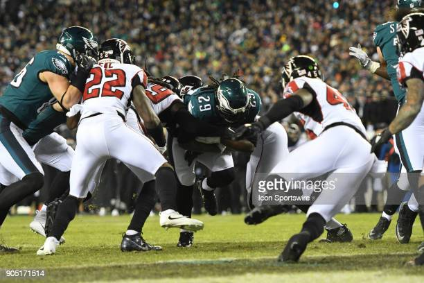 Philadelphia Eagles running back LeGarrette Blount picks up a first down during the NFC Divisional Playoff game between the Philadelphia Eagles and...