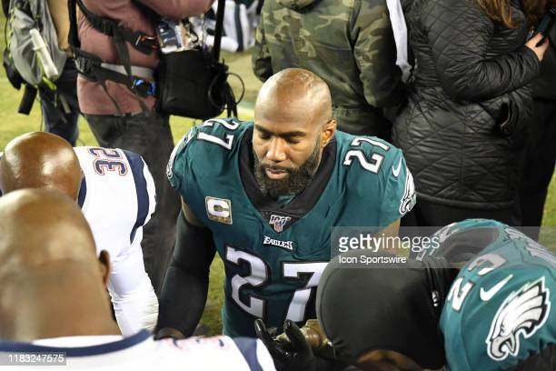Philadelphia Eagles strong safety Malcolm Jenkins prays during the game between the New England Patriots and the Philadelphia Eagles on November 17...