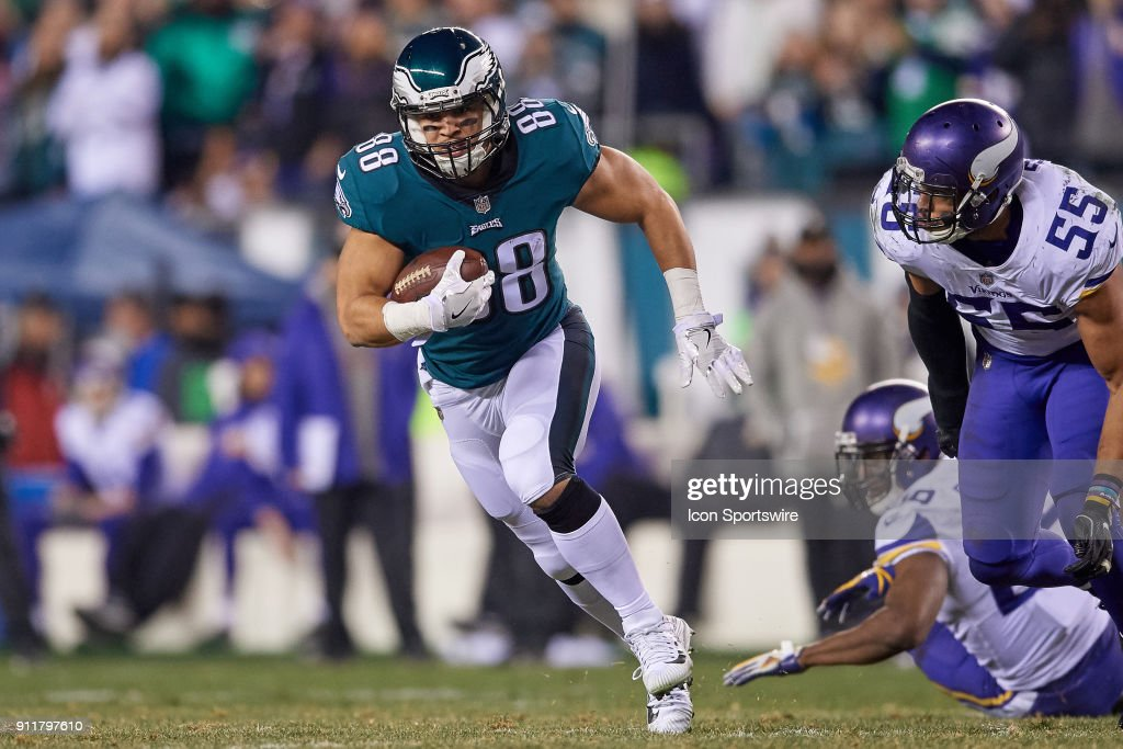 Philadelphia Eagles tight end Trey Burton (88) runs with the football during the NFC Championship Game between the Minnesota Vikings and the Philadelphia Eagles on January 21, 2018 at the Lincoln Financial Field in Philadelphia, Pennsylvania. The Philadelphia Eagles defeated the Minnesota Vikings by the score of 38-7.