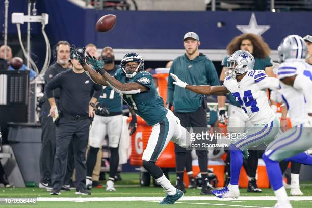 Philadelphia Eagles Wide Receiver Alshon Jeffery stretches for a pass during the game between the Philadelphia Eagles and Dallas Cowboys on December...